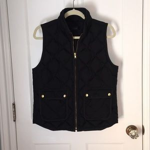 jcrew puffer vest in black
